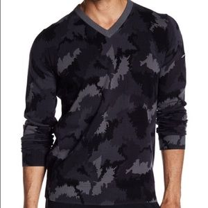 Nike Golf Camouflage Gray Black V-Neck Sweater